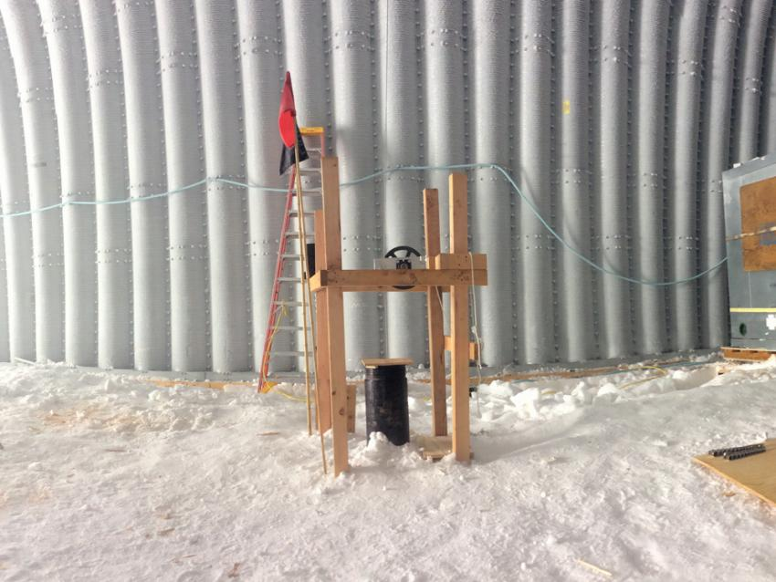 Borehole logging at WAIS Divide, Antarctica