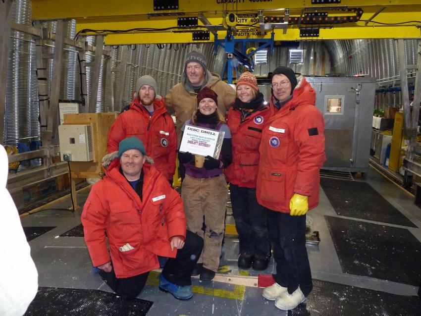 The IDDO drilling team celebrate the completion of the WAIS Divide deep ice core