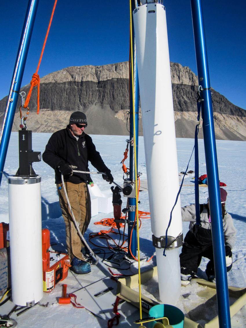 Driller Mike Jayred operating the Blue Ice Drill on Taylor Glacier