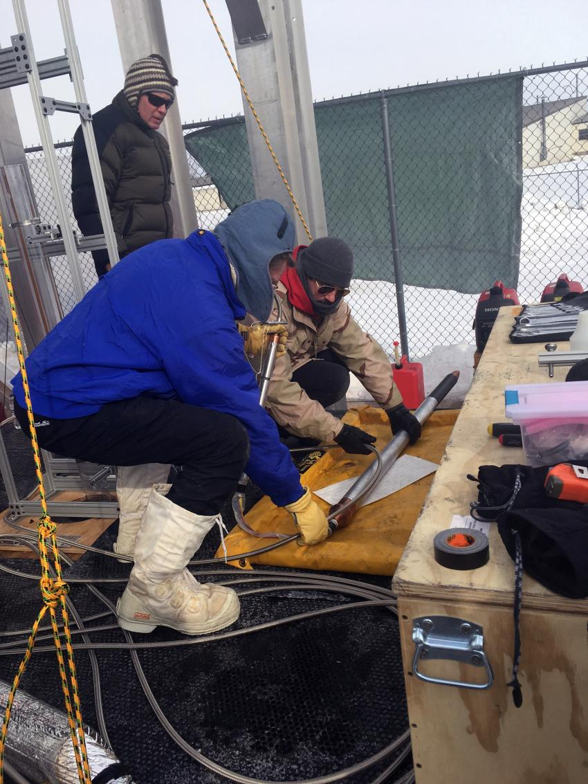 Testing of PI Dale Winebrenner's Ice Diver probe at PSL