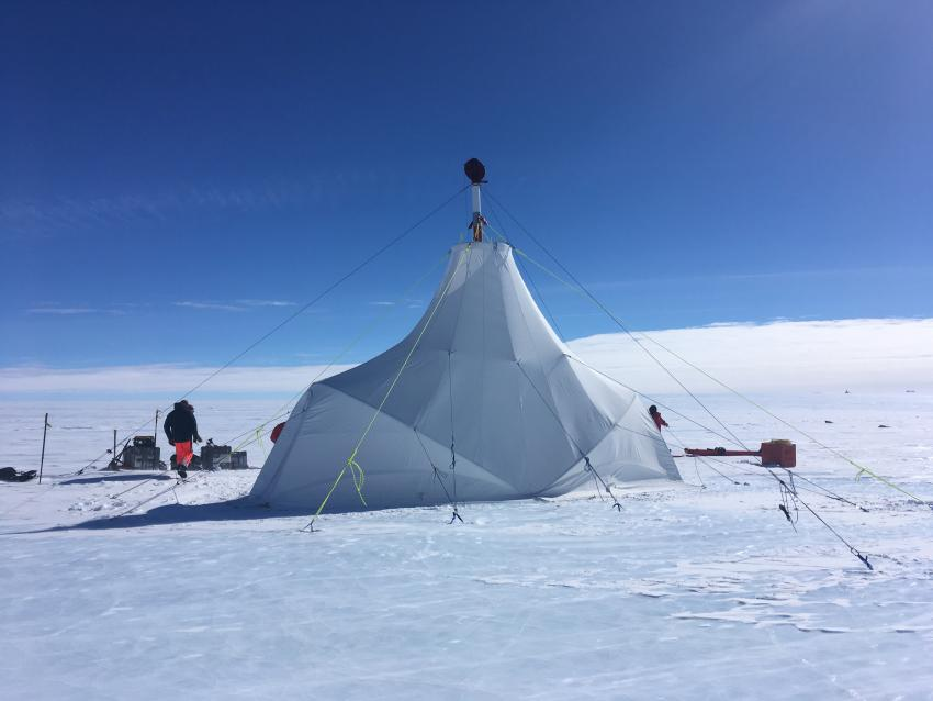 The drill tent for the Foro 400 drill in use for its first time at Allan Hills, Antarctica, during the 2019/20 field season.